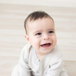 6 month baby milestone session, Amy Osborne